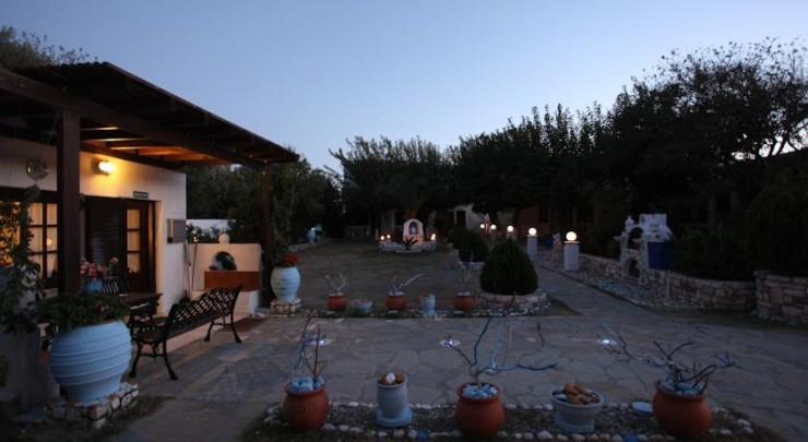 Avra Studios - Skyros Greece